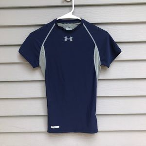 NWOT Under Armour S short sleeve athletic shirt